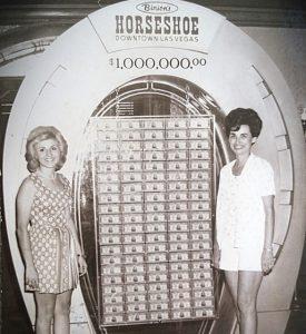 Binions Horseshoe 1 million dollar photo